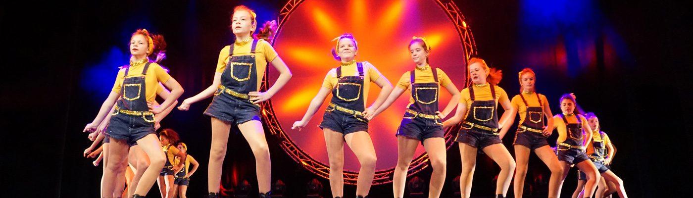 Schiwa Tanzformation